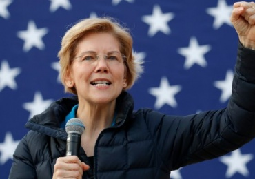 Former Trump supporter endorses Warren for President